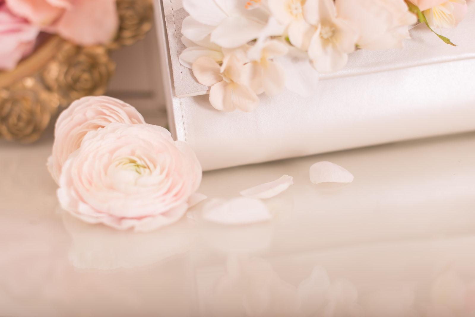 Virágos menyasszonyi táska – Marie Anne Design 291021ed4d