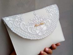 Csipkés menyasszonyi clutch